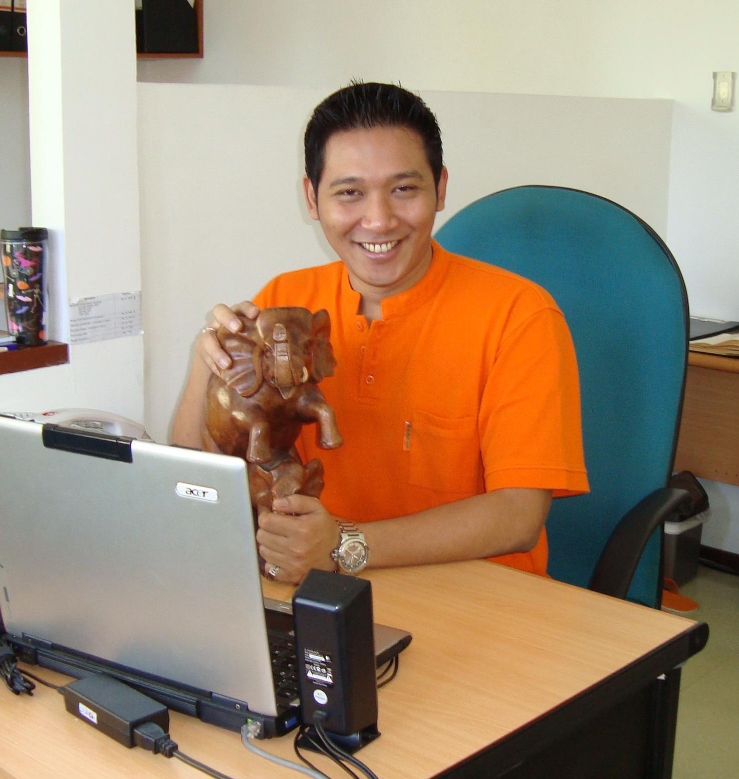 Hengky Tambayong